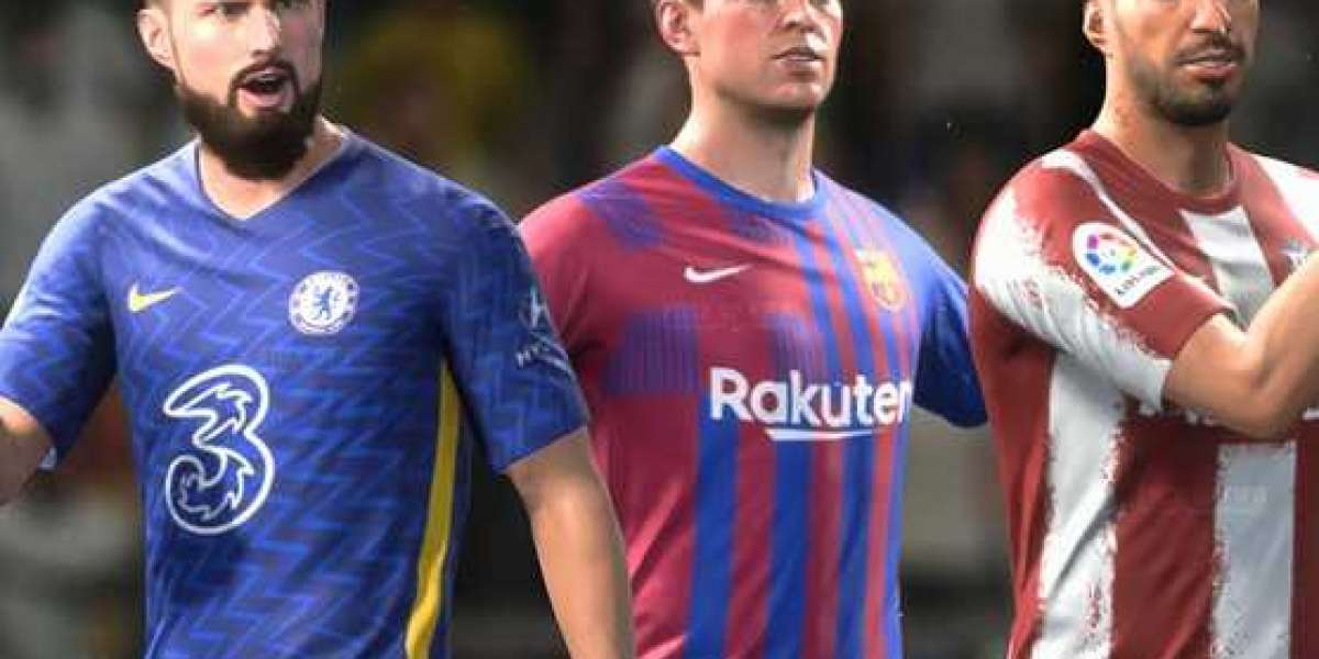 How should FUT heroes change the ultimate team on FIFA 22